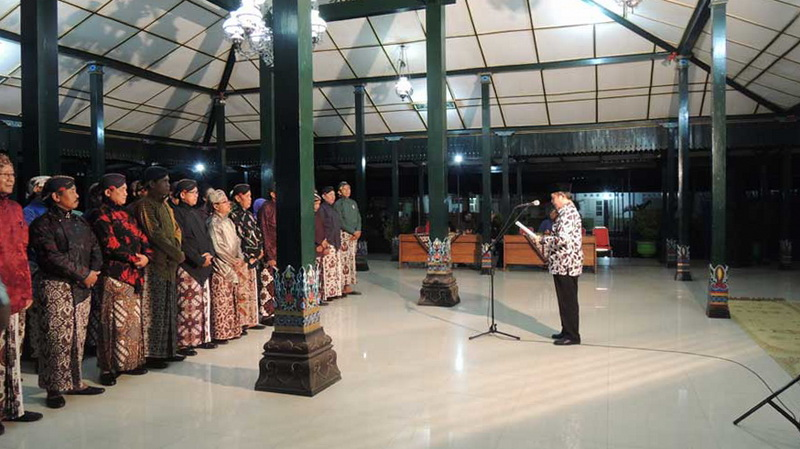 Wakil Bupati Gunungkidul melantik Dewan Kebudayaan 2015-2019. KH/Kandar.