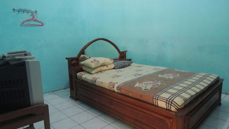 Kamar Penginapan yang nyaman dengan beberapa fasilitas