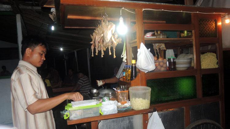 Penjual Bakmi Jawa asal Piyaman. KH/ Kandar
