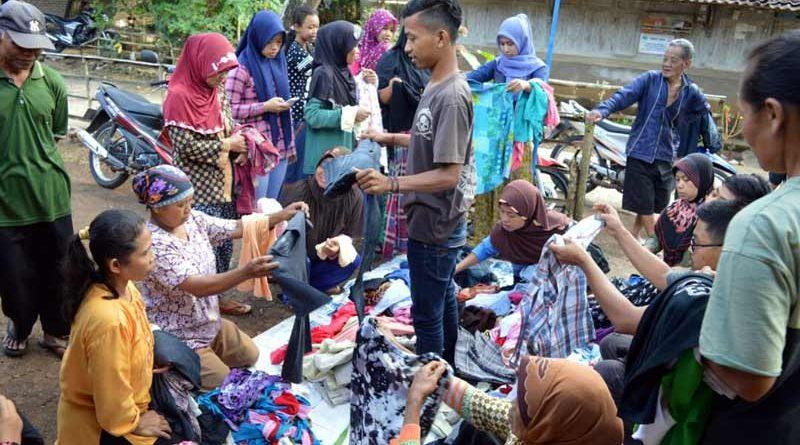 Jelang Ramadhan, Karang Taruna Saptosari Gelar Bazar Pakaian