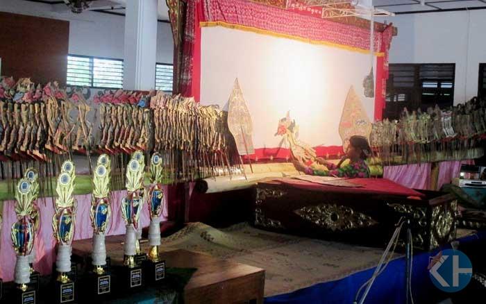 Festival dalang cilik di Gunungkidul. Foto: Juju