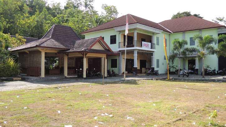 Kantor Kecamatan Purwosari. Foto: Kandar.