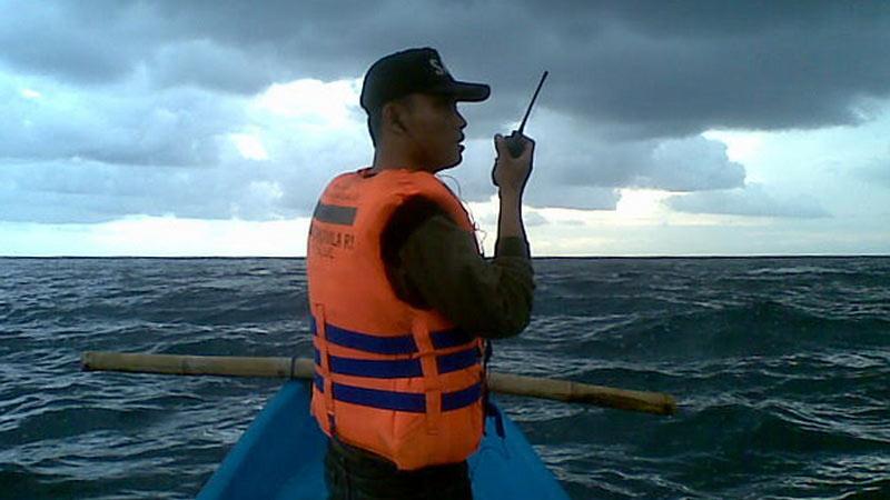 Pencarian korban laka laut di Pantai Jungwok. Foto: Handoko, SAR Wilayah I.