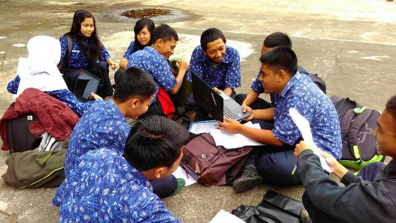 Aktivitas diskusi antarsiswa SMKN2 Wonosari. Foto: Gemma.