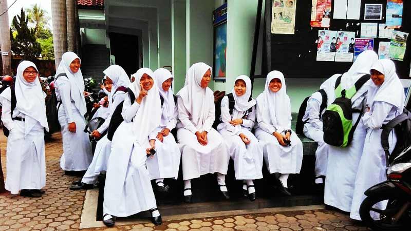 Siswa SMKN 1 Wonosari saat selesai mengikuti pelajaran. Foto: Gemma.