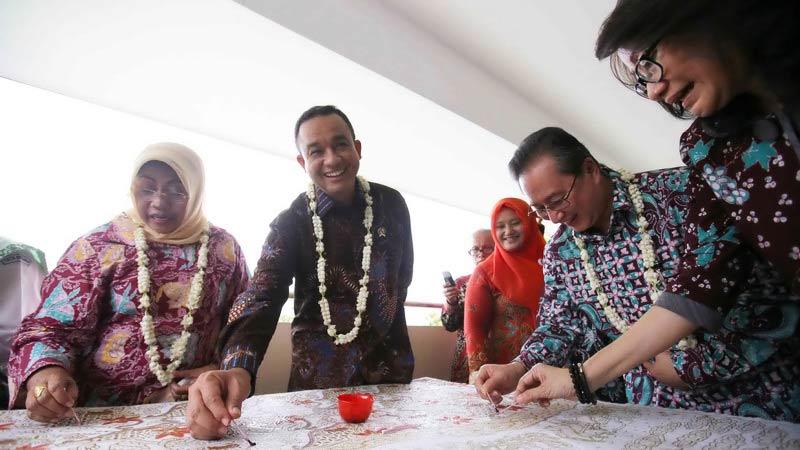 Mendikbud Anies Baswedan resmikan Gedung Program Tata Busana SMKN 1 Gedangsari. Foto: Atmaja.