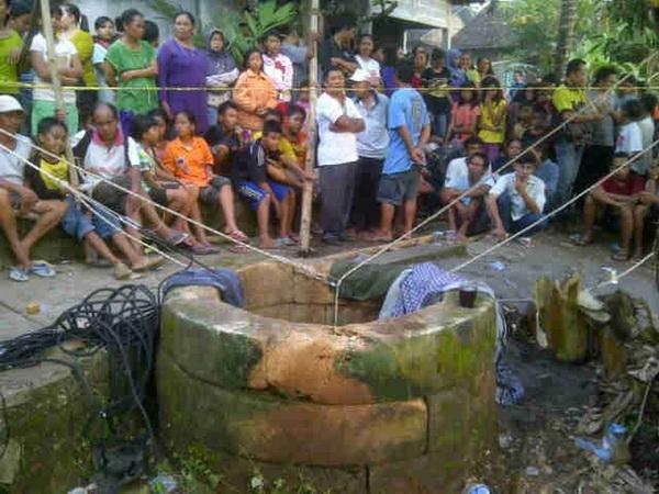 Kecelakaan anak tercebur ke sumur di Desa Selang Wonosari. Foto: Juju.