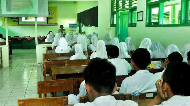 Seminar di SMK1 Girisubo. Foto : Rado