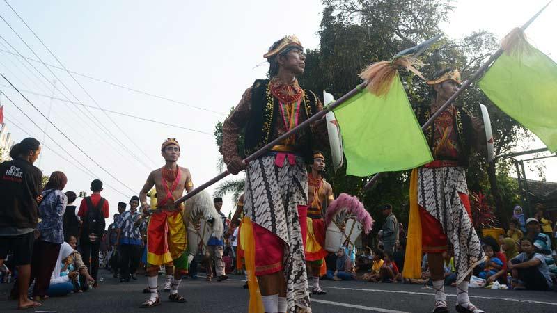 Salah satu kelompok reog peserta Kirab Budaya HUT 184 Gunungkidul. KH/jjwidiasta.