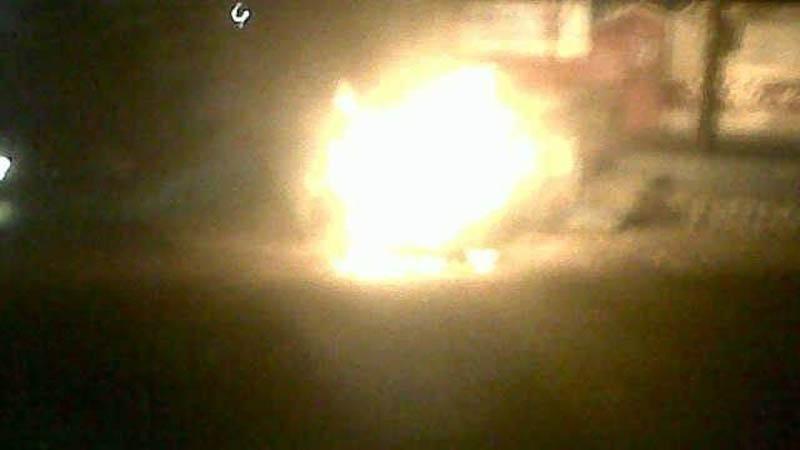mobil terbakar di Sambipitu. Foto : Andri