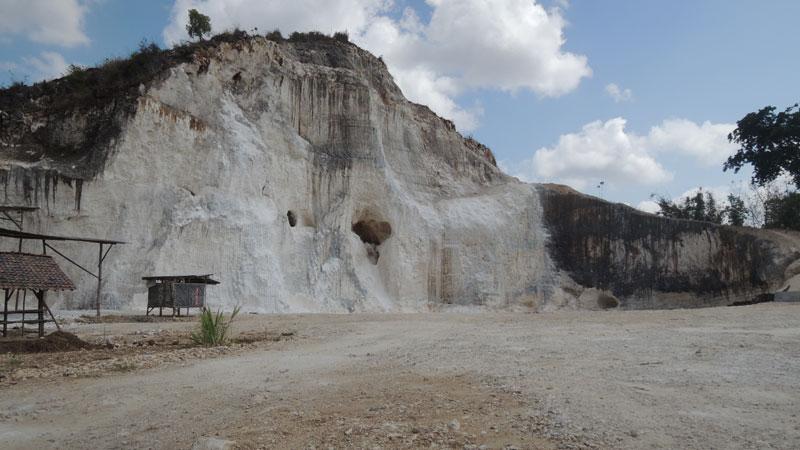 Salah satu Kawasan Tambang Batu Putih di Bedoyo Ponjong. KH/Kandar.