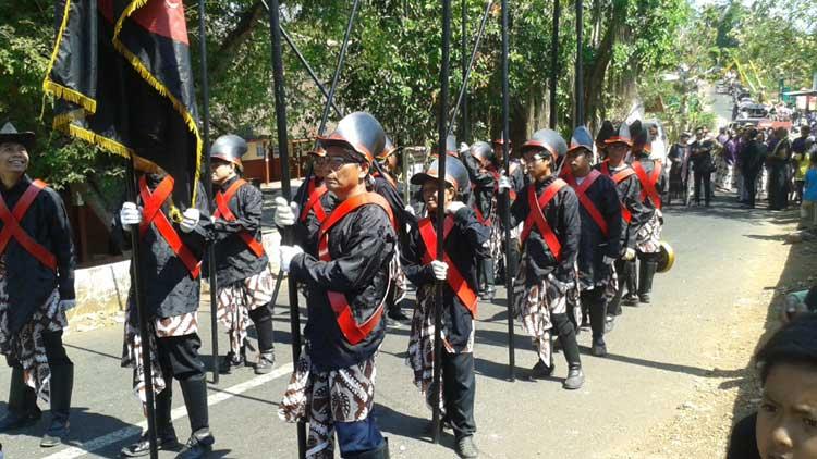 Rombongan prajurit atau bregodo. Foto : KH/Kandar