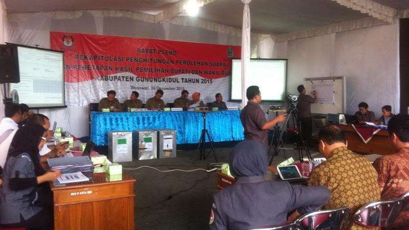 Rapat Pleno KPU, Rekapitulasi Hasi Pilkada Gunungkidul. KH/Anjani.