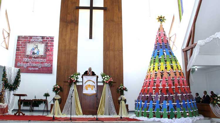 Pohon Natal Unik, Foto: KH