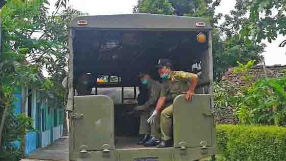 Sat Pol PP sedang Bertugas, Foto Dok: KH