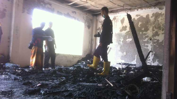 Kondisi ruangan gedung Ponpes Darul Qur'an yang terbakar, Foto: KH/ Anjani