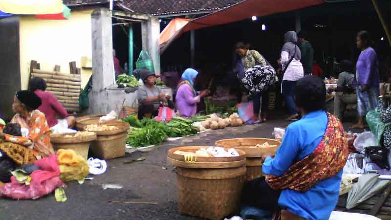 Pasar Karang Ijo Ponjong, Ramai di Hari Pasaran Legi dan Pon. KH/Edo.