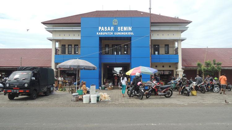 Pasar Semin, salah satu pasar tradisional di Gunungkidul. KH/ Kandar