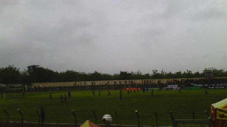 Suasana semifinal Lipeg 2016 di Stadion Gelora Handayani. KH/ Edo