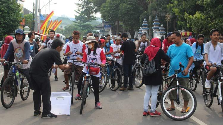 Ribuan peserta ramaikan fun bike SMA N1 Wonosari. KH/ Edo