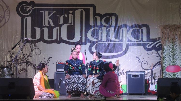 Penampilan seni Kethoprak siswa dalam Kridha Budaya SMA N 2 Playen. KH/ Kandar