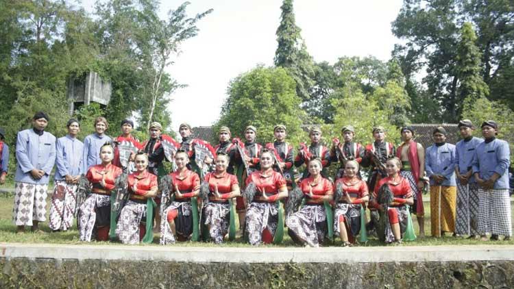 Group Jathilan Semin sebagai Juara. KH/ Edo