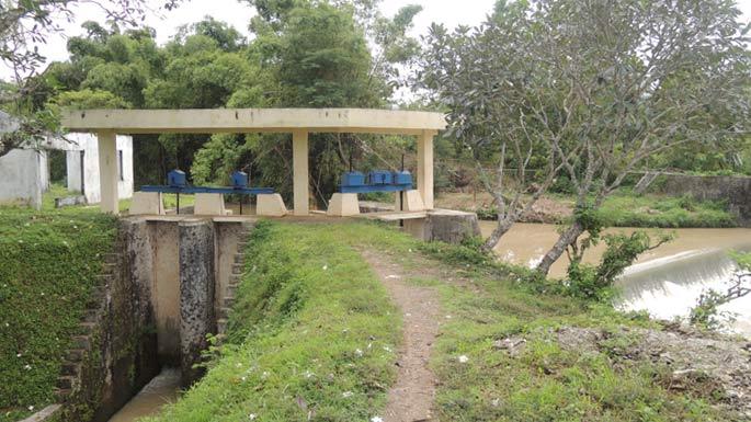 Bendung Payaman Desa Rejosari Semin sebagai irigasi pertanian warga. KH/ Kandar