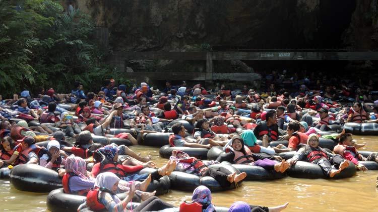 Penyelenggaraan wisata Goa Pindul diiringi banyak permasalahan. KH// Kandar.