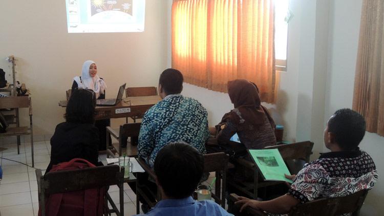 Presentasi, salah satu proses seleksi pemuda pelopor. KH/ Kandar.