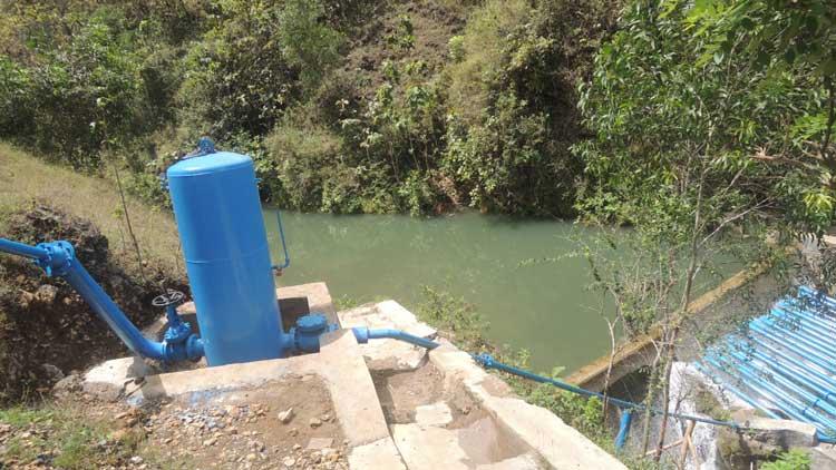Teknologi pompa air tanpa mesin di Desa Pacarejo Kecamatan Semanu. pompa ini dimanfaatkan untuk mengaliri ladang di desa setempat. KH/ Kandar.