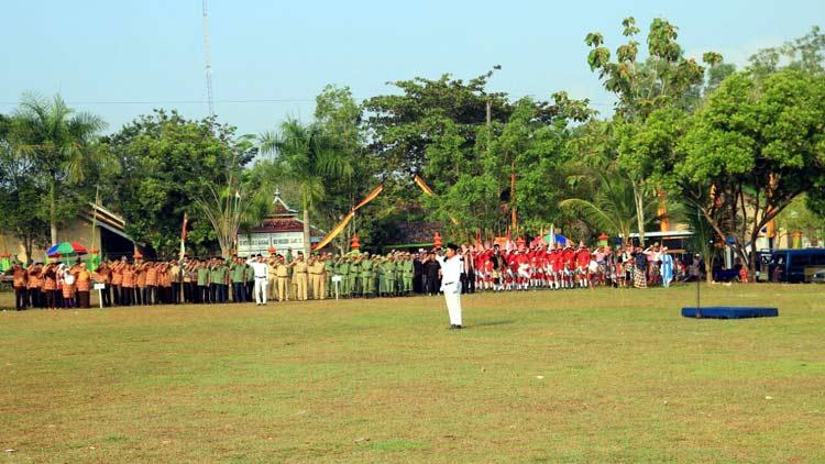 Upacara Bendera yang dilaksanakan Desa Gari dalam rangka memperingati HUT RI Ke-71. KH/ S. Yanto