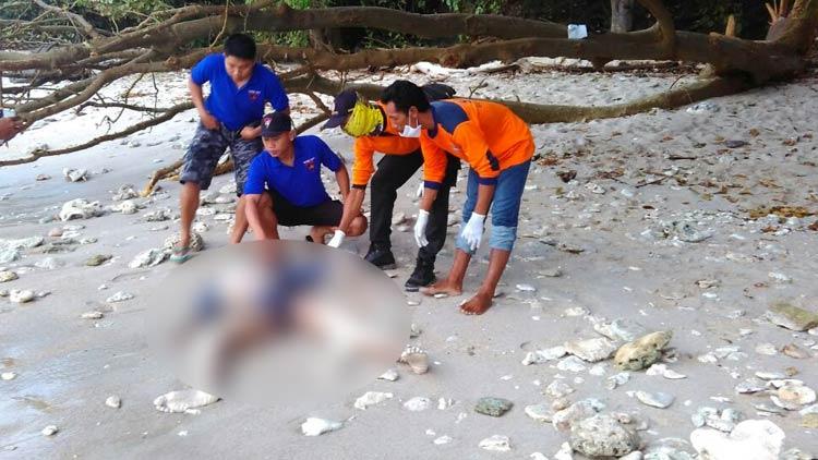 Korban laka laut Pantai Wediombo berhasil ditemukan Tim Gabungan (SAR, Basarnas dan Sat Polair). KH