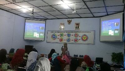 Pelatihan mengenai P-IRT bagi pengusaha dibidang pangan. KH/ S. Yanto.