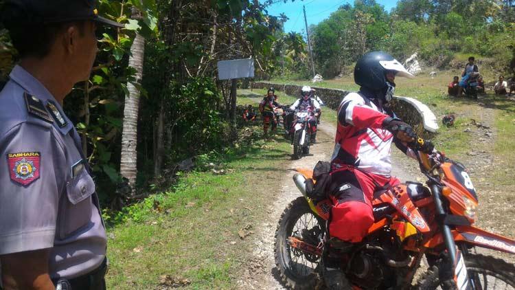 Peserta IOF 2X1 Pengda DIY Adventure ke-4 menikmati medan di Purwosari. KH