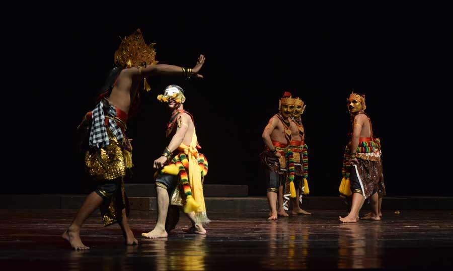 Tokoh Bancak (Widi Pramono, Semanu) Berperang melawan Raja Bali. KH/Kl.