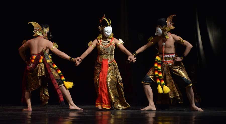 Bancak dan Dhoyok dalam Rupa Satriya-Bagus Berebut Dewi Tamioyi. KH/Kl.
