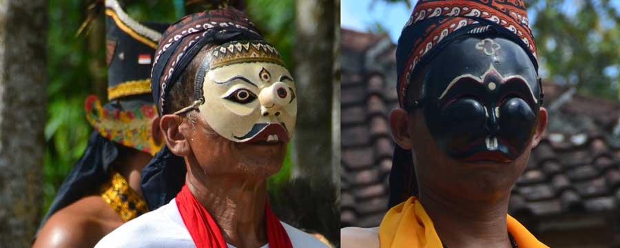 Tokoh Bancak dan Dhoyok dalam Reyog-Dhodhog Gunungkidulan. KH/Kl.
