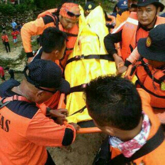Giyo korban kecelakaan Goa Pindul dievakuasi Tim SAR DIY. Dok; Gilang