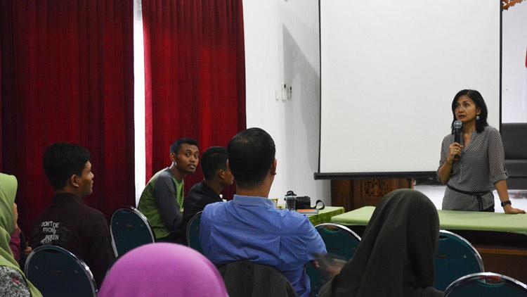Pelaksanaan workshop photography oleh LIPI di Gading, Playen. KH