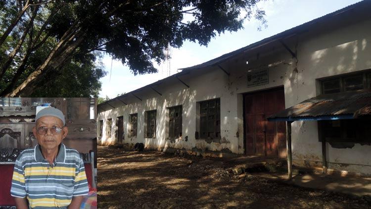 Gedung bekas penampungan hasil tenunan masyarakat Gunungkidul tahun 1964. insert: Paliyo. KH/ Kandar