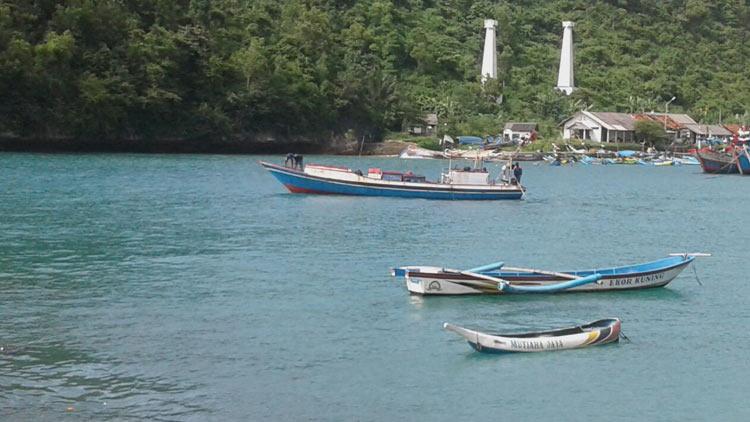 kapal nelayan 10 GT, (paling besar) saat ini belum diketahui keberadaannya. Foto: dok SAR.