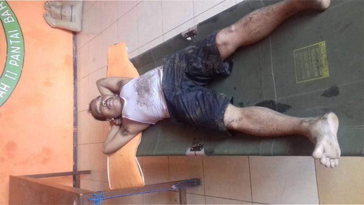 Sugiyo, wisatawan asal Klaten yang berhasil diselamatkan Tim SAR Baron. foto: dok. SAR.