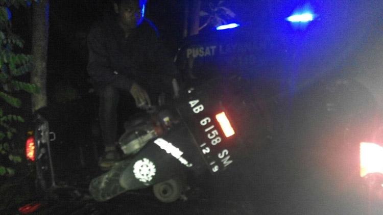sepeda motor korban saat dievakuasi petugas kepolisian Polsek Paliyan. foto: dok. Polsek paliyan.