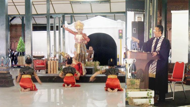Pementasan tari Ratu Shiwa disela ibadah dan perayaan Natal GKJ Wonosari, insert: Pendeta Dwi Wahyu MAPS menyampaikan kotbah Natal 2016. KH/ Kandar