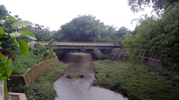 Tempuran: Pertemuan arus Sungai Kepek dan Besole di pancuran, Siraman, Wonosari menjadi salah satu titik yang airnya rawan meluap. KH/ Kandar