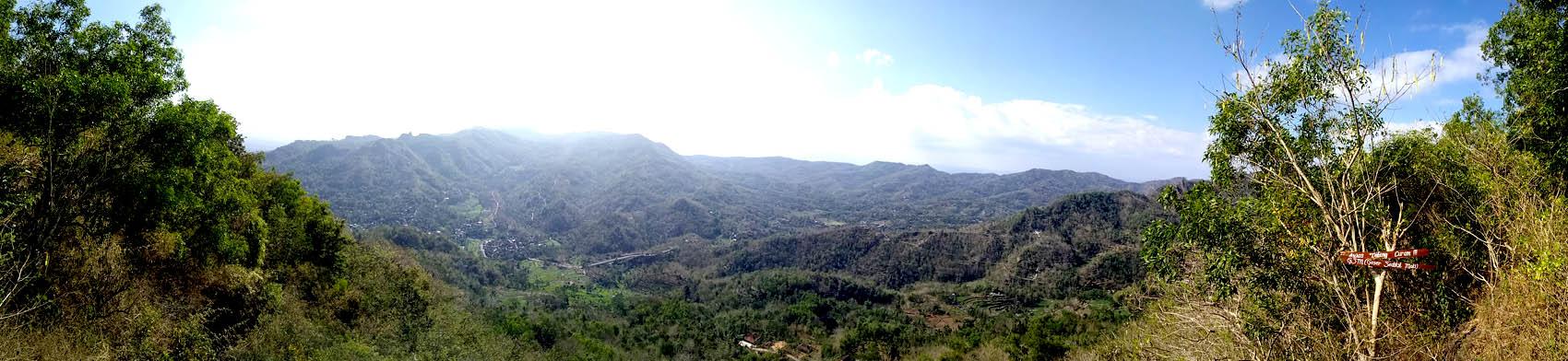 Pemandangan dari Puncak Gunung Keruk