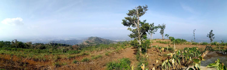 Pemandangan di Gunung Sumilir Sisi Timur.[Foto:nr]