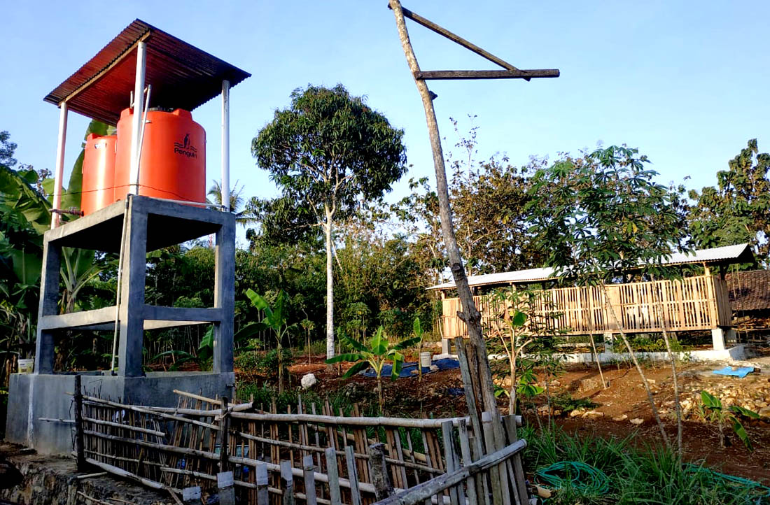 Visual lahan pertanian organik-terpadu yang coba dikerjakan oleh Imam.[Foto:Padmo]